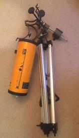 Konus Konuspace 500 Telescope. Appears in good condition. With stand. Found in garage