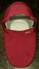 Red oyster carrycot