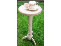 Lovely Shabby Chic Vintage Occasional Solid Wood Table.