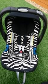 Britax baby safe plus SHR ii car seat and isofix