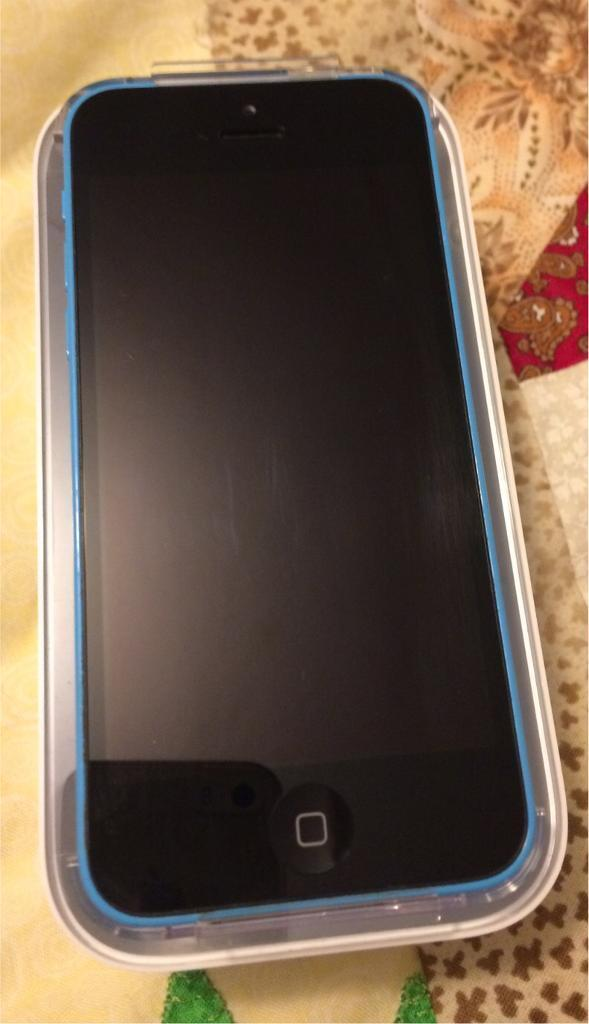 iPhone 5c 8Gb Blue Tesco Immaculate Boxed with all accessoriesin Bournemouth, DorsetGumtree - iPhone