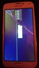 Samsang s5 screen smashed.