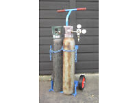 MIG welding pair of CO2 cylinders plus trolley and gauges