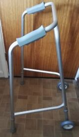 LIGHTWEIGHT WALKING / ZIMMER FRAME WITH FRONT WHEELS