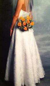 Wedding gown - Size 10-12 - Reduced