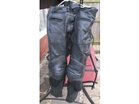 Lined mens size 38 waist leather motorcycle trousers