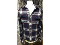 Abercrombie & Fitch Mens Size Medium muscle fit 100% cotton shirt