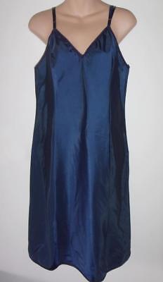 Vintage Barbizon Navy Blue Tafredda Sleek & Sexy! Nylon Blend Full Slip Sz 36 M