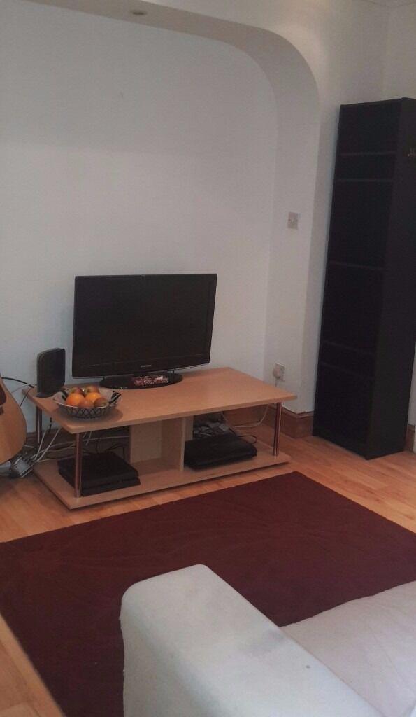 A Delightful Modern One Bedroom Flat