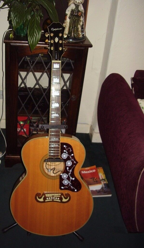 Epiphone EJ 200 acoustic guitar fitted with a Fishman rare earth humbucker pickup.