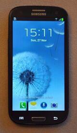 Samsung Galaxy S3 GT-I9300 16 GB (Unlocked) + 2nd Li-Ion Batt.