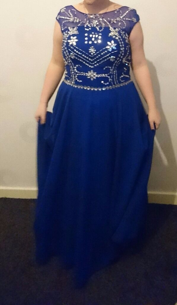 2 bridesmaid and 2 prom dresses for salein Gorton, ManchesterGumtree - two prom dresses, one royal blue size 14 one baby pink size, 10 one bridesmaid dress age 12 and one age 9 all great condition sell as job lot at 150.00 or open to offers on each