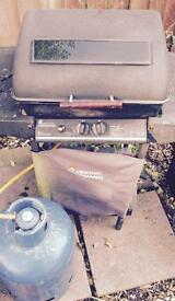 Gas bbq and gas bottle