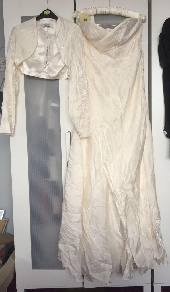 Nicholas Millington wedding dress for sale size 12 U.K.