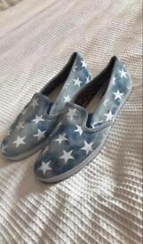 Blue/Star Slip-on Vans