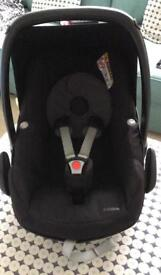 Maxi cozy Car seat new born stage