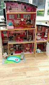 luxury 4 story dolls house with garage and lift