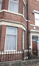4 bedroom flat in Condercum Road, Benwell