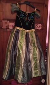 Anna coronation day dress 9-10 Years.