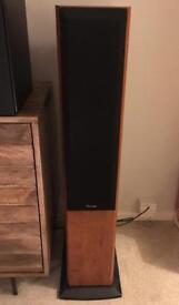 Pioneer Hi-Fi floorstanding speakers