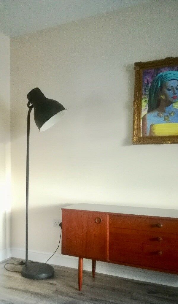 Very Good Second Hand Condition Grey Powder Coated Large Upright Industrial Floor Lamp In Newport Gumtree