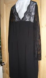 Hobbs LBD with Lace Top/Sleeves Size 14