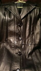 Vintage Ladies 3/4 Length Black Leather Coat (1980's).