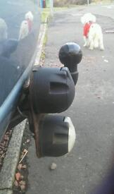 Tow bar - double electric - Ford Focus 2004 - Never been used.