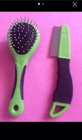 Cat/dog grooming brush and comb