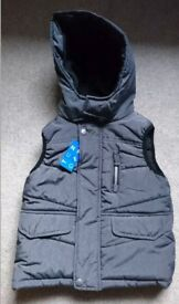 Nutmeg boy's bodywarmer, gillet, hooded, padded, size 3-4 years, new with tags