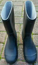 WELLINGTON BOOTS KIDS SIZE 13