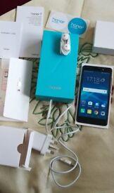 Huawei Honer 7 phone,16GB, unlocked, very good condition