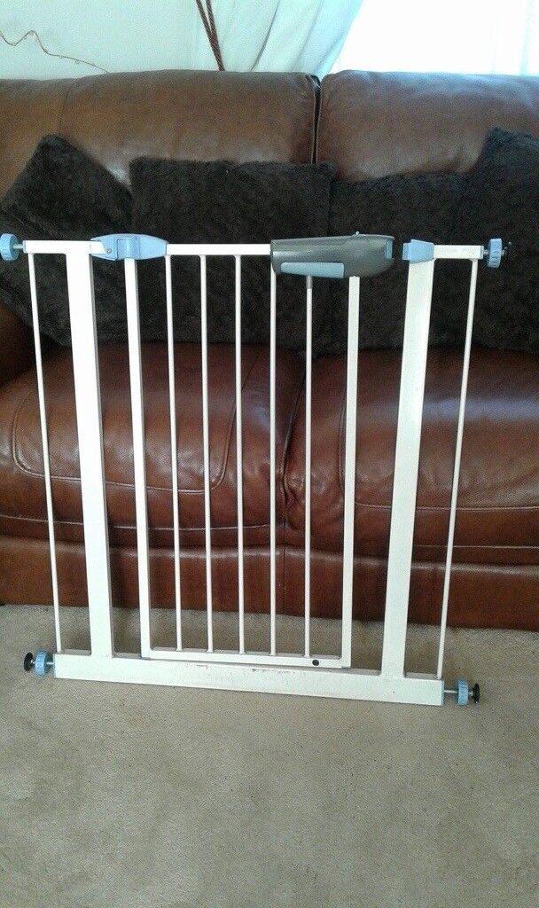 Stair gate (pressure fix)
