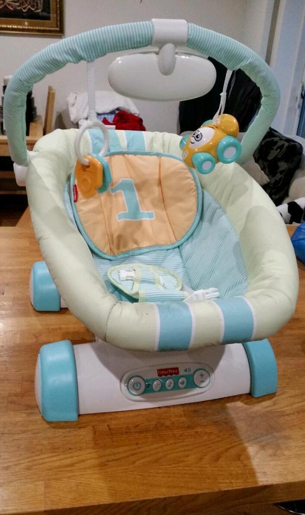 FISHER PRICER BABY BOUNCER