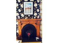 Cottage Style High Quality Pitch Pine mantel fire surround with Horseshoe Cast Iron Insert