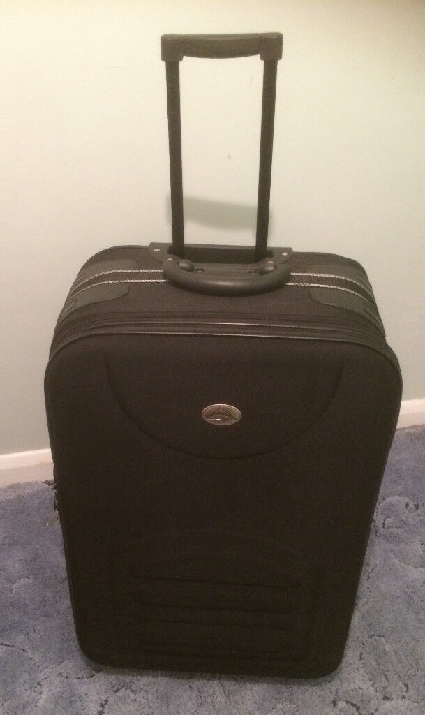 """Large Black 2 Wheeled Trolley Suitcase 28"""". Collect Benhall"""