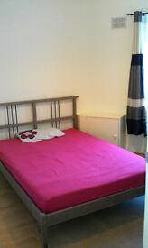 Large double bedroom in Edgware-Burnt oak