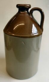 Stoneware flagon / bottle