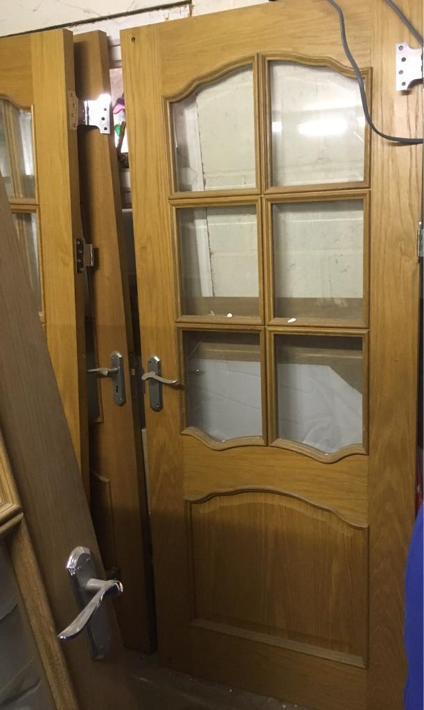 2 oak doors