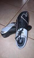 BRAND NEW BOYS (YOUTH) PUMA RUNNING SHOES- SIZE 3 1/2