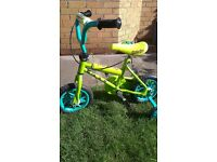 "Scooby Doo 10"" wheel bicycle with stabilisers"