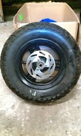 Peugeot Ludix front wheel and tyre