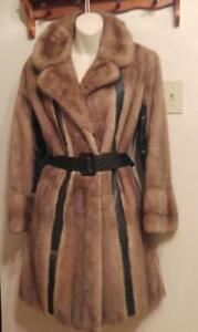 Oakville Mink Coat Vintage 1960s 8 10 M Retro brown Swinging Sixties 60s Mini-length Mid-Century Real Fur Jacket Vtg