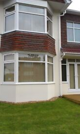 BRIGHT SUNNY MODERN 1 BEDROOM GROUND FLOOR FLAT WITH PARKING SEA VIEW AREA POOLE PRIVATE LANDLORD