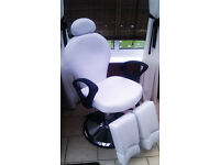 Beauty swivel chair. Ideal for perdicure, massage, piercing, tatoo or other beauty treatments.