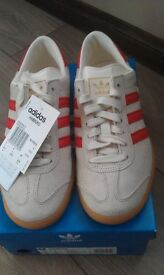 Adidas hamburg size 5uk...( deadstock )