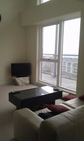 Spacious Double Bedroom with private bathroom, Duplex top floor apartment in Park Central Complex