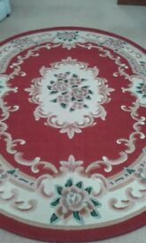 Large carpet 90inch long by 66 inches wide perfect condition