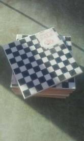 Laute asley tiles