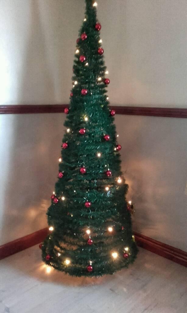 Pop Up Xmas Tree - Pop Up Xmas Tree In Kilmarnock, East Ayrshire Gumtree
